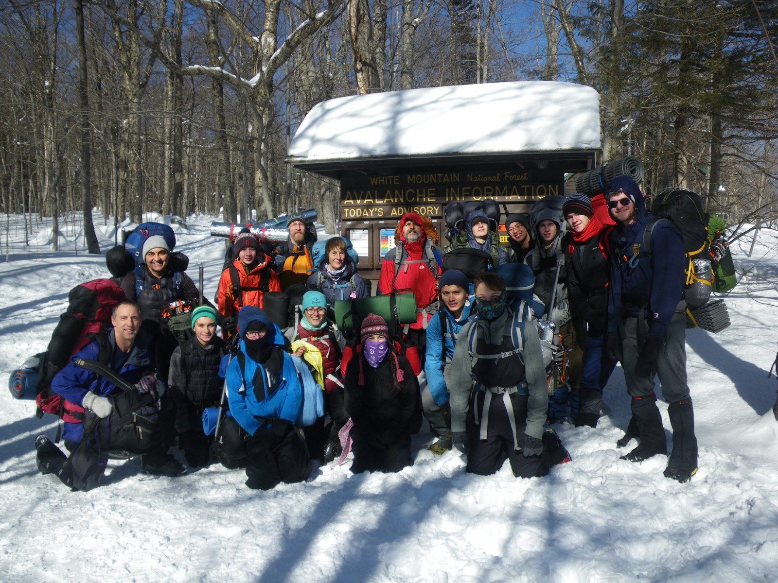 2020-Mount-Washington-trip-group-photo